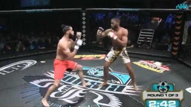 Lutador sofre fratura grave durante luta de MMA nos EUA
