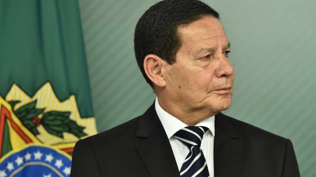 Filho de Mourão é nomeado para cargo no BB com salário de R$ 37,5 mil