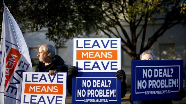 Governo confirma votação do 'Brexit' em 15 de janeiro