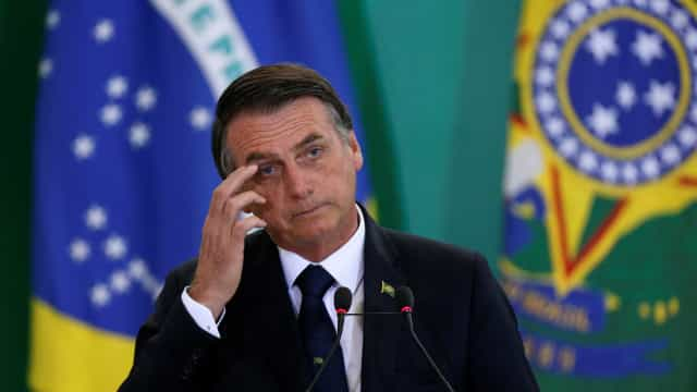 Bolsonaro assina Medida Provisória que fará pente-fino no INSS