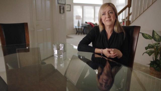 'Lorena', sobre mulher que mutilou pênis do marido, tem data de estreia