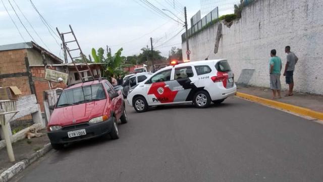 Paciente foge de hospital, rouba carro e volta a ser internado