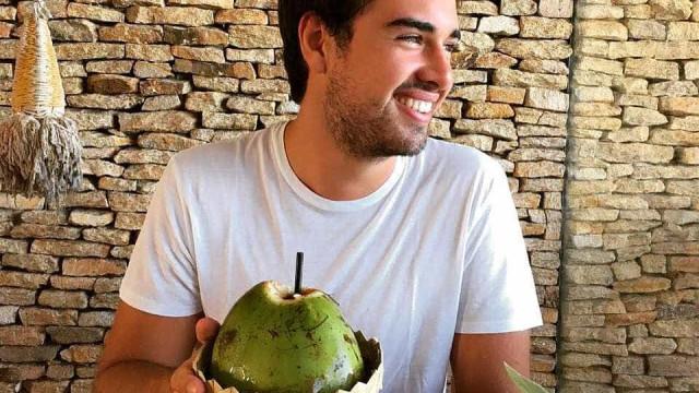 Olin Batista, filho de Eike e Luma, assume namoro com modelo gaúcha