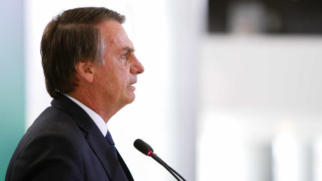Bolsonaro quer visitar Itália em maio e compara Battisti a Lamarca