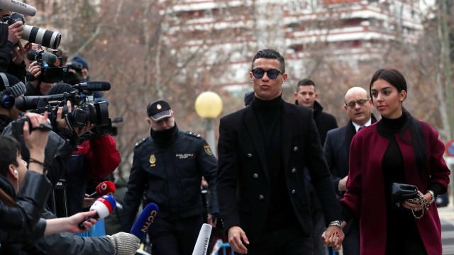 CR7 admite crimes fiscais e é condenado a 23 meses de prisão e multa