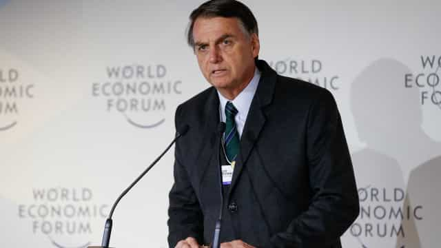 Fui procurado por vários empresários em Davos, diz Bolsonaro