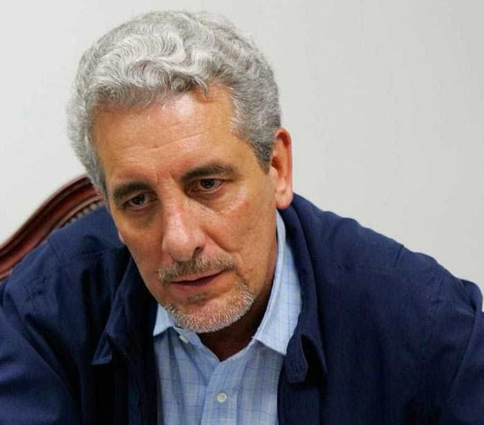 Preso, ex-senador dá emprego para Pizzolato conseguir semiaberto