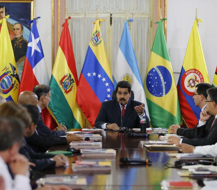 Líderes da Unasul farão reunião  informal sobre Venezuela e Brasil