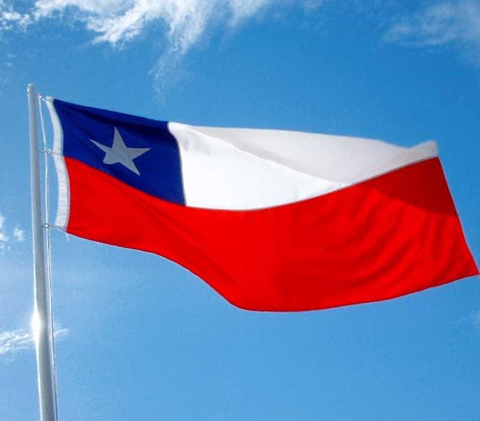 Milhares de chilenos protestam  contra sistema de previdência