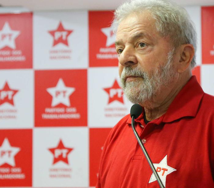 MPF denuncia  Lula por caso  envolvendo sítio em Atibaia