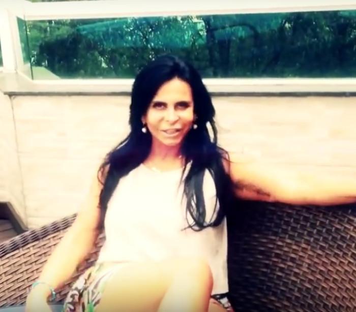 Gretchen lança clipe e faz homenagem à ator morto: 'Ele me amava'