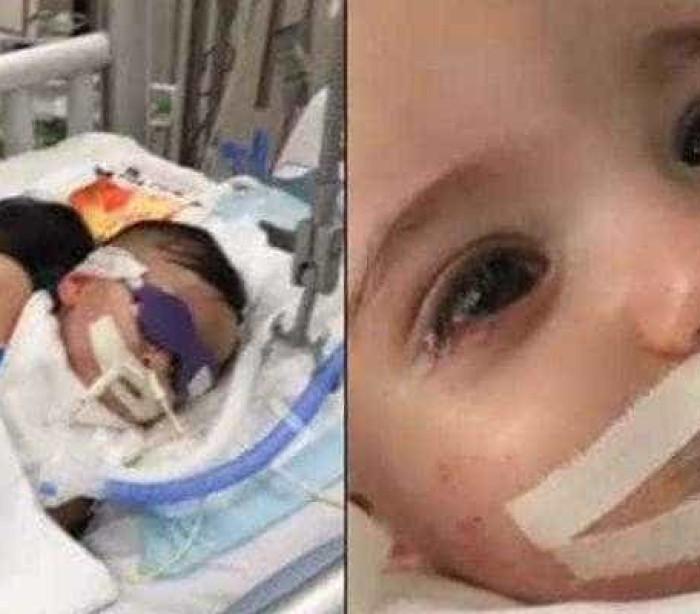Bebê em coma abre os olhos antes de aparelhos serem desligados; veja
