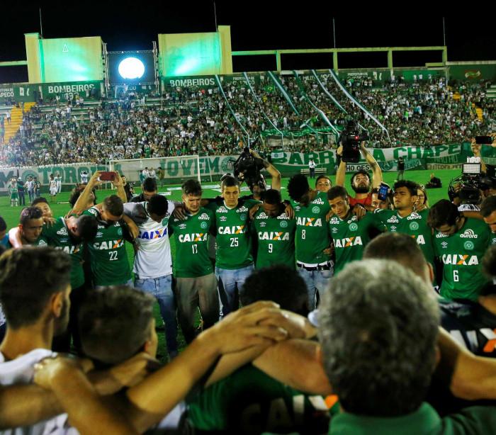 11 atletas da Chape não viajaram para Medelín; veja quem são