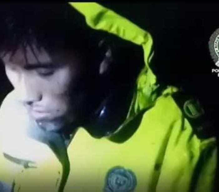 Em choque, sobrevivente do voo da Chape grita por colegas; assista