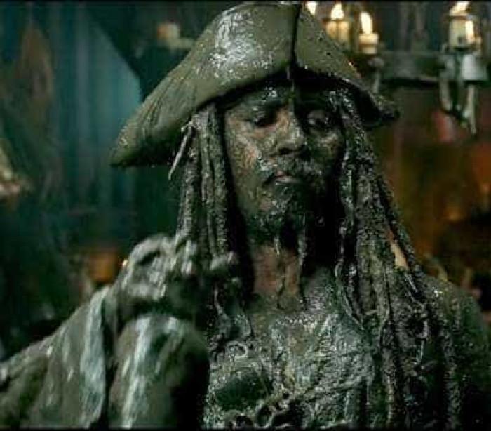 Jack Sparrow está de volta em trailer de Piratas do Caribe; veja!