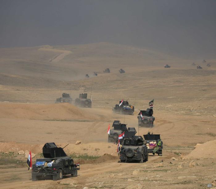 Tropas do Iraque libertam aeroporto  de Mossul do Estado Islâmico