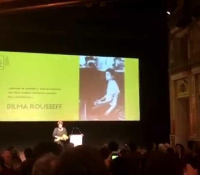 Dilma Rousseff é ovacionada em evento em Lisboa; vídeo!