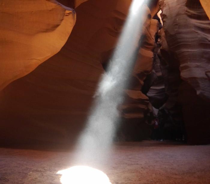 Veja as grutas mais bonitas e incríveis do mundo