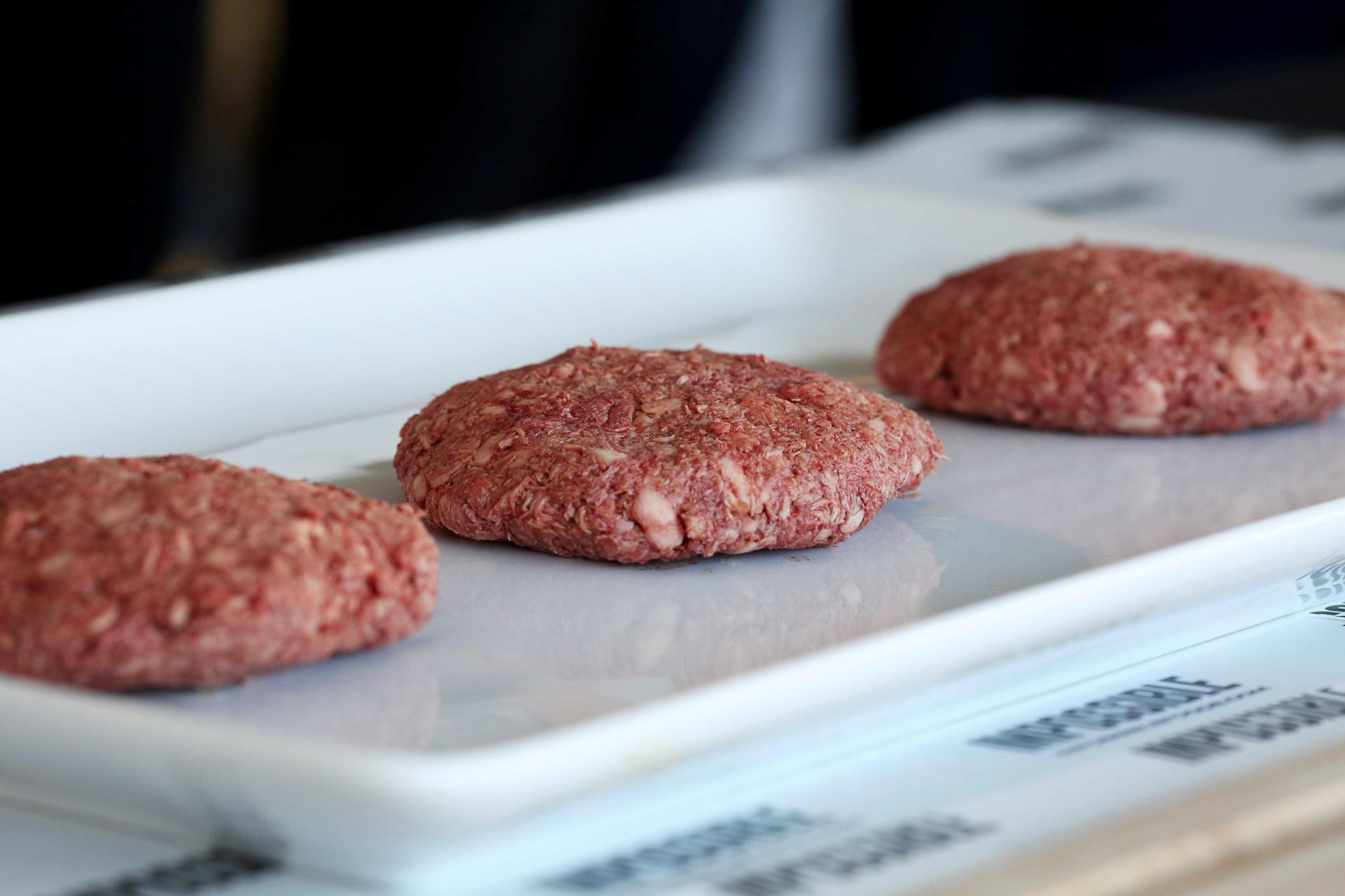 Conheça os hambúrgueres (sem carne)  produzidos em laboratório