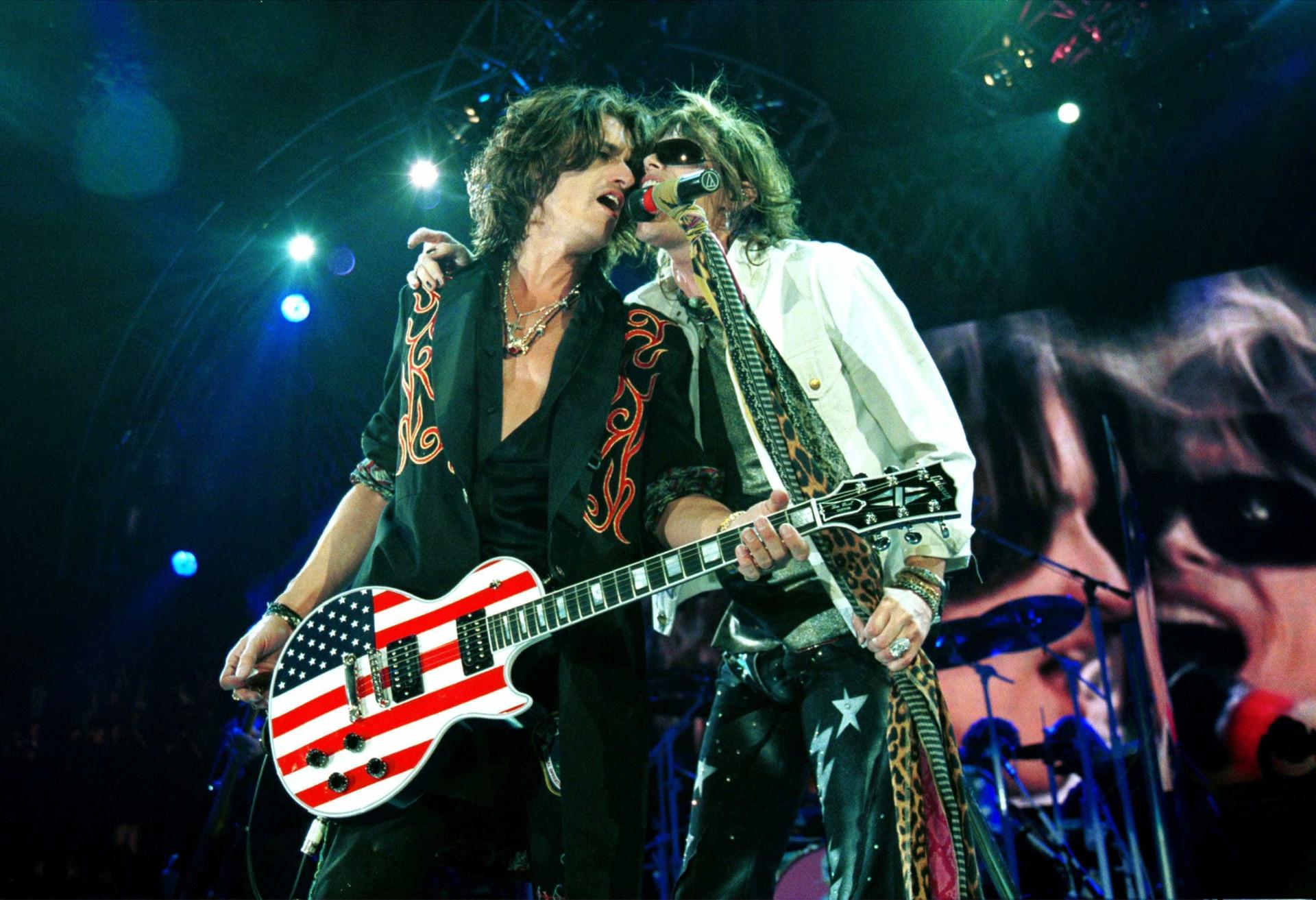 Steven Tyler nega que a banda Aerosmith irá acabar