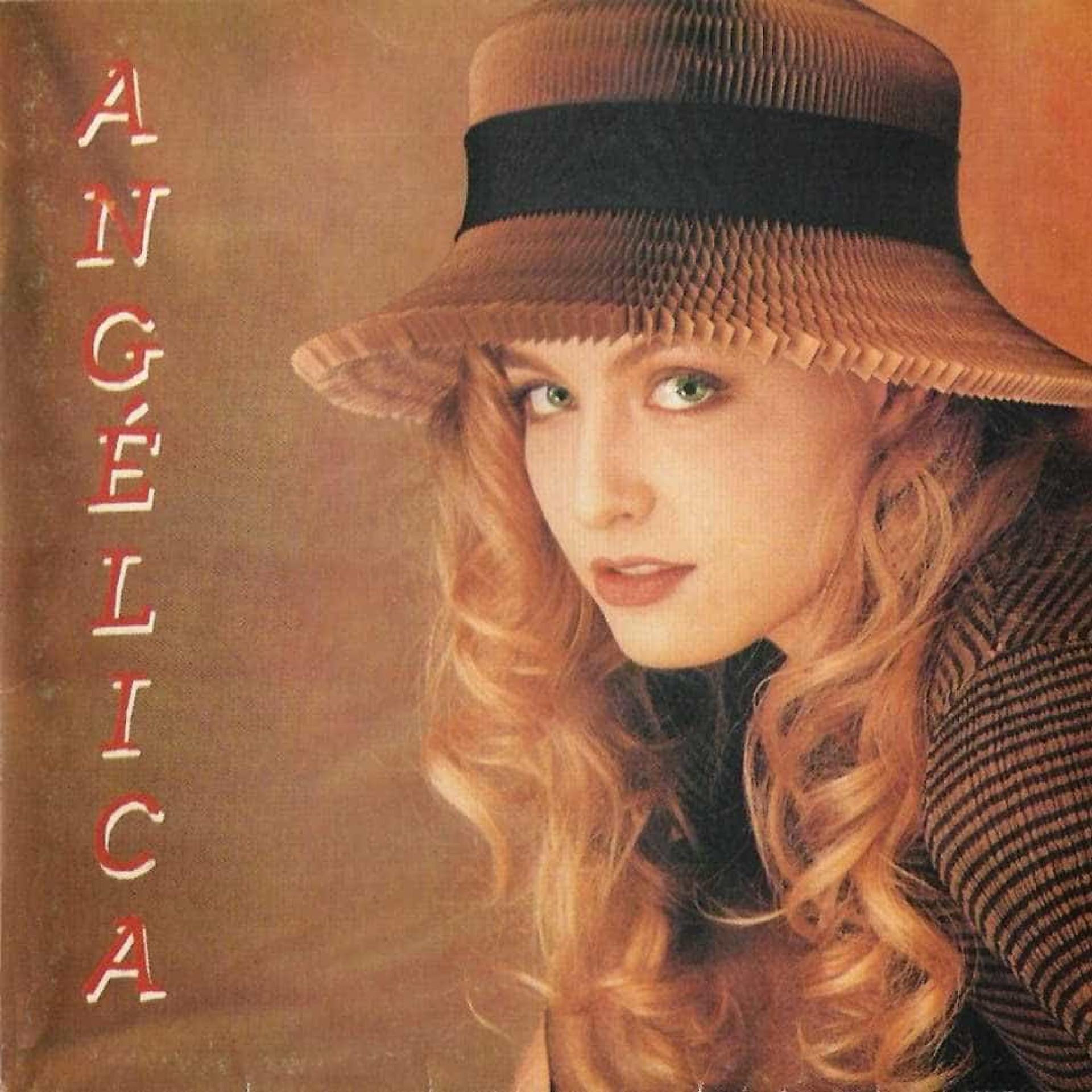 Angélica completa 43 anos; veja fotos da carreira