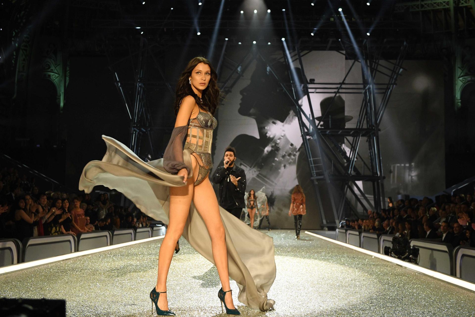 TNT exibe o Victoria's Secret Fashion Show 2016: veja as imagens