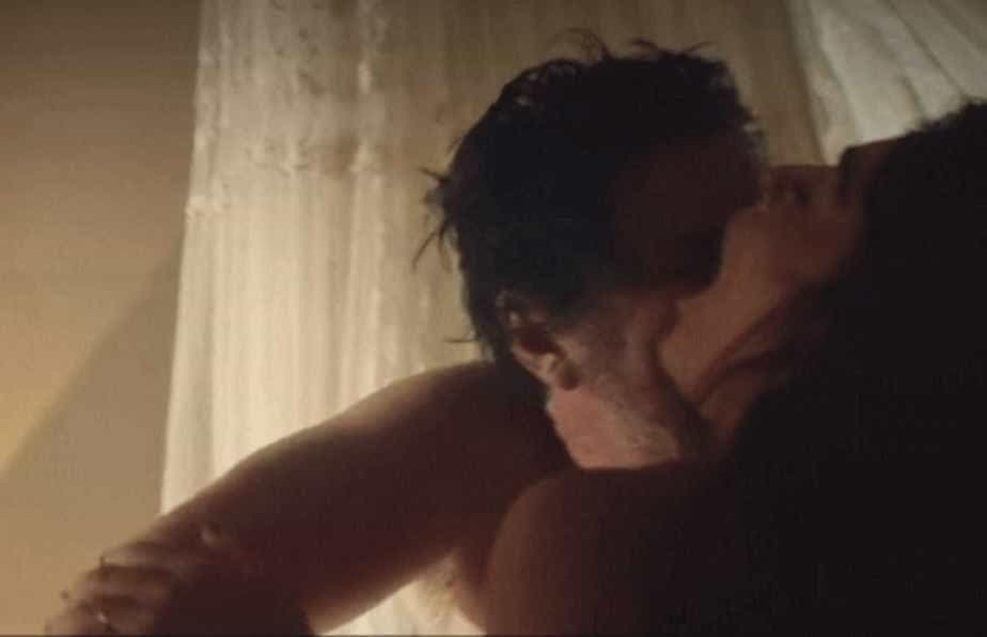 Juliana Paes e Antonio Calloni farão cenas quentes em 'Dois Irmãos'