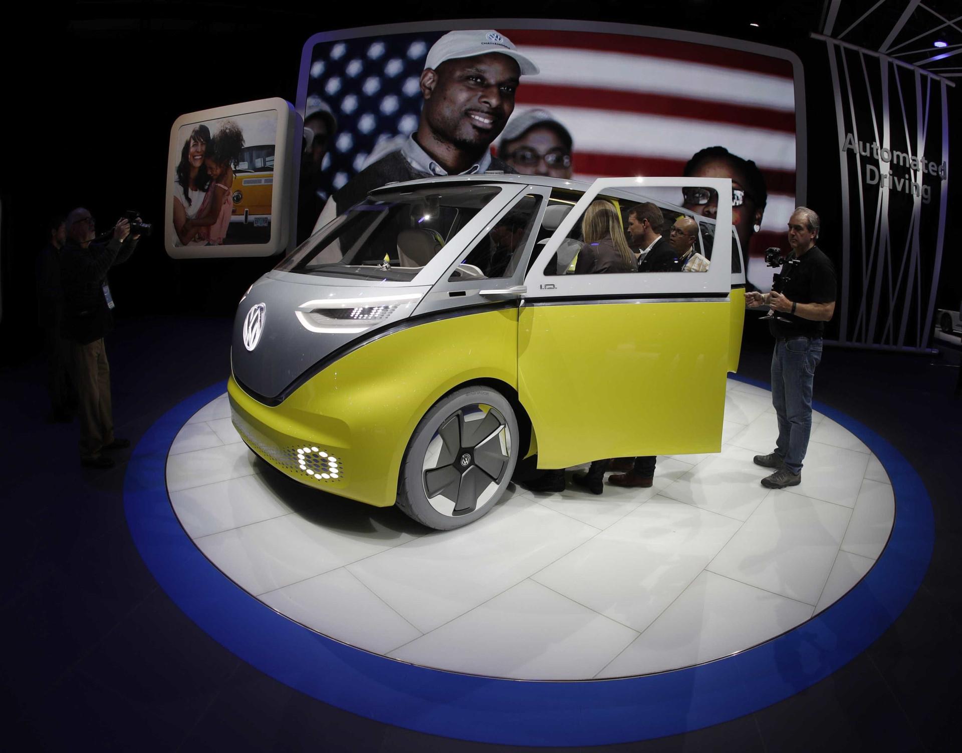 Confira os detalhes da 'Kombi' do futuro apresentada Volkswagen