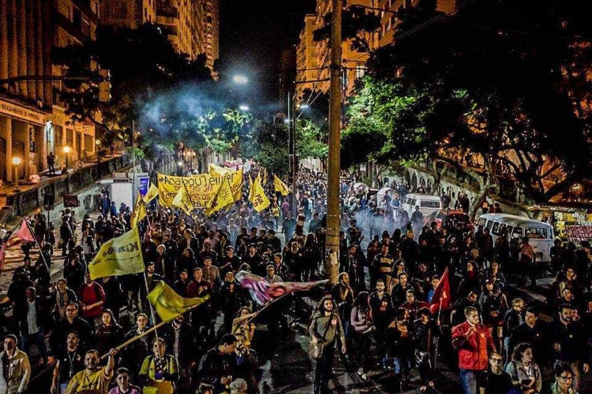Manifestações em todo Brasil pedem renúncia de Temer; imagens