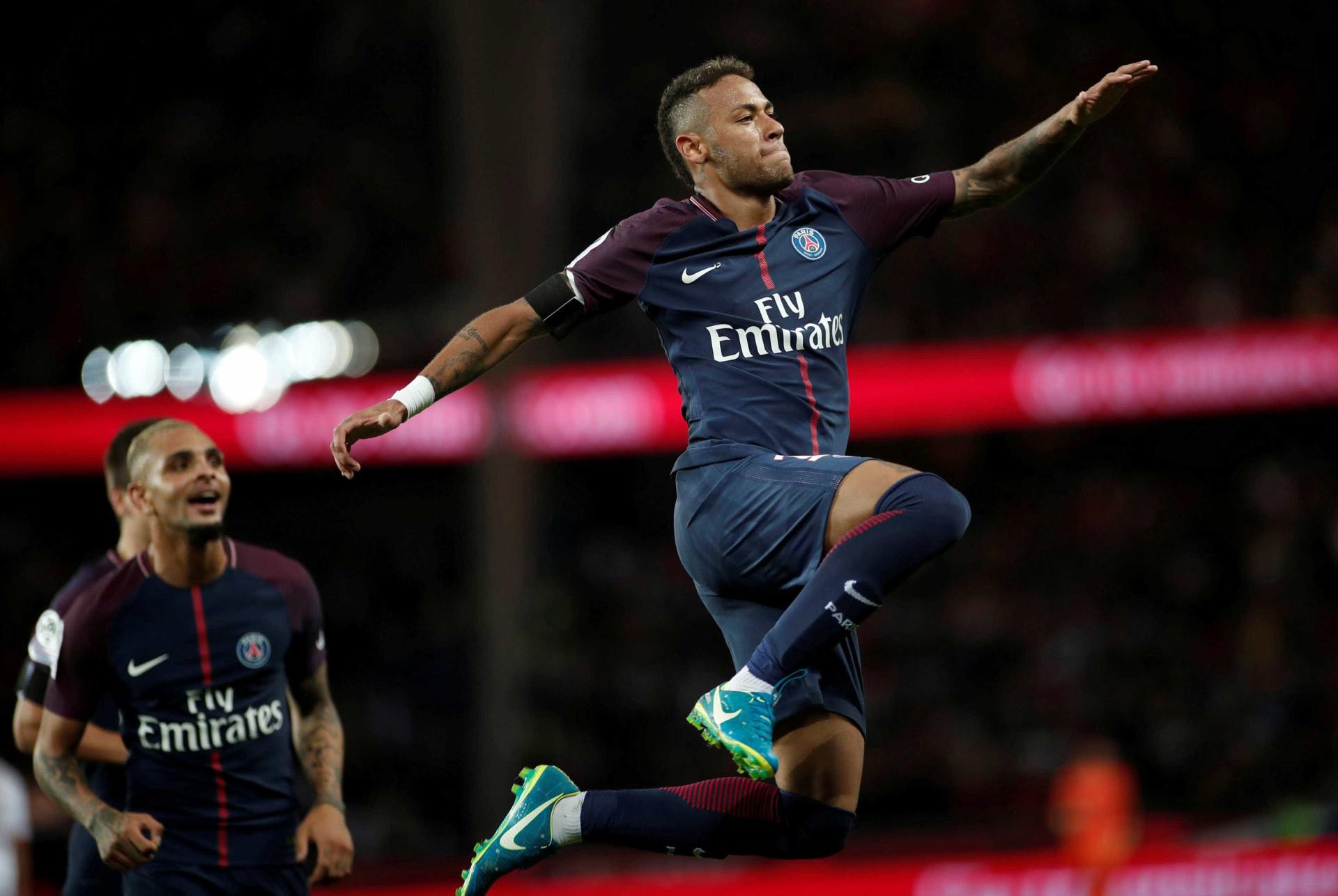 Rodada do domingo teve Brasileirão, show de Neymar e muito mais