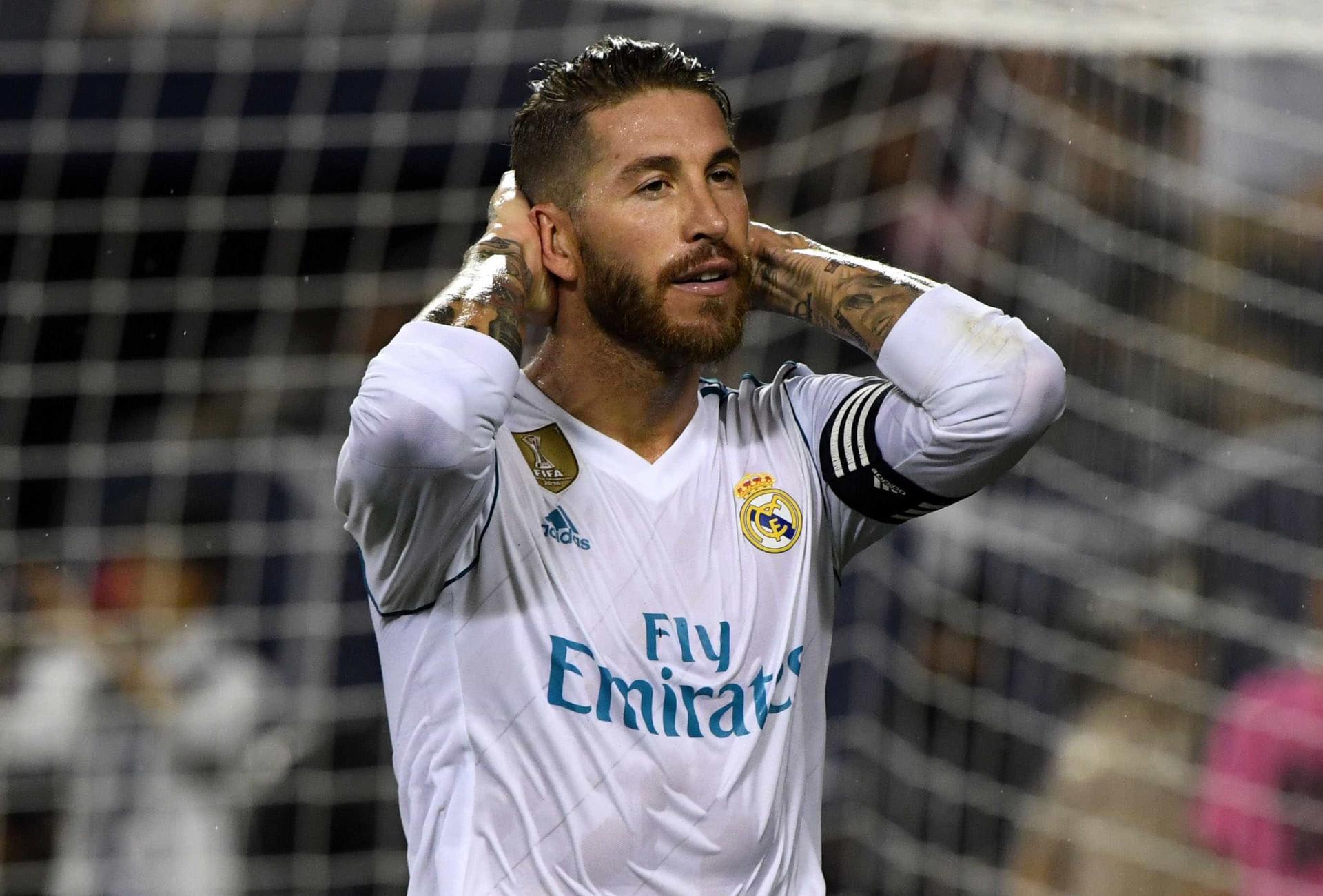 UEFA divulga time do ano com Dani Alves e Marcelo; Neymar fica fora