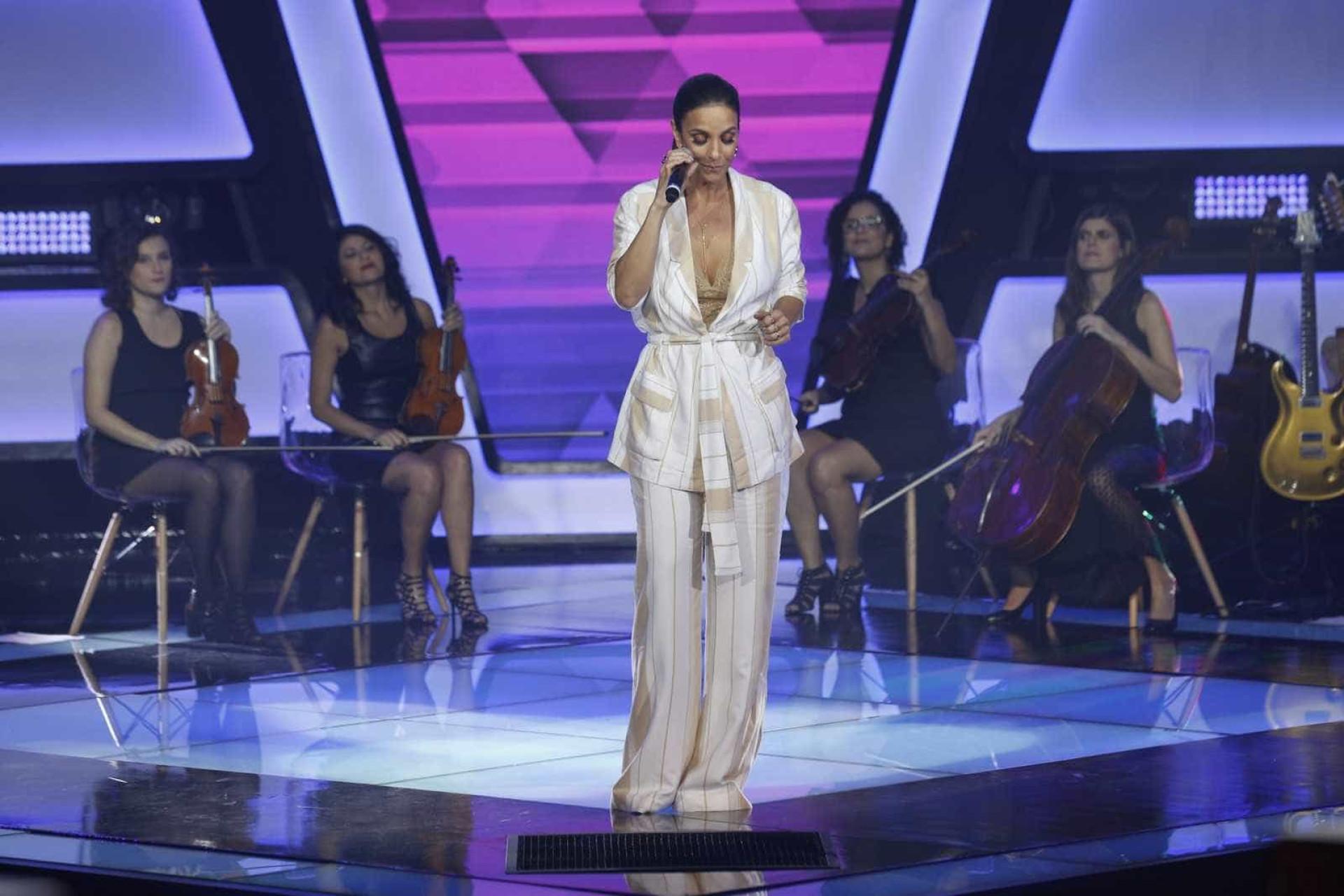 Ivete Sangalo anuncia gravidez de gêmeos: 'Mamãe puro suingue'