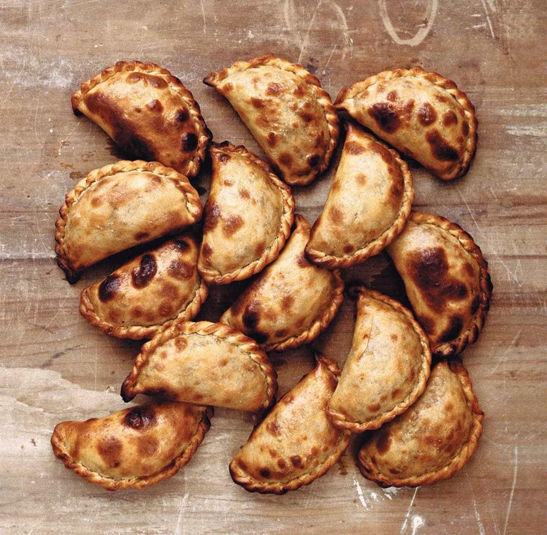 Aprenda a fazer as famosas Empanadas Salteñas, da chef Paola Carosella