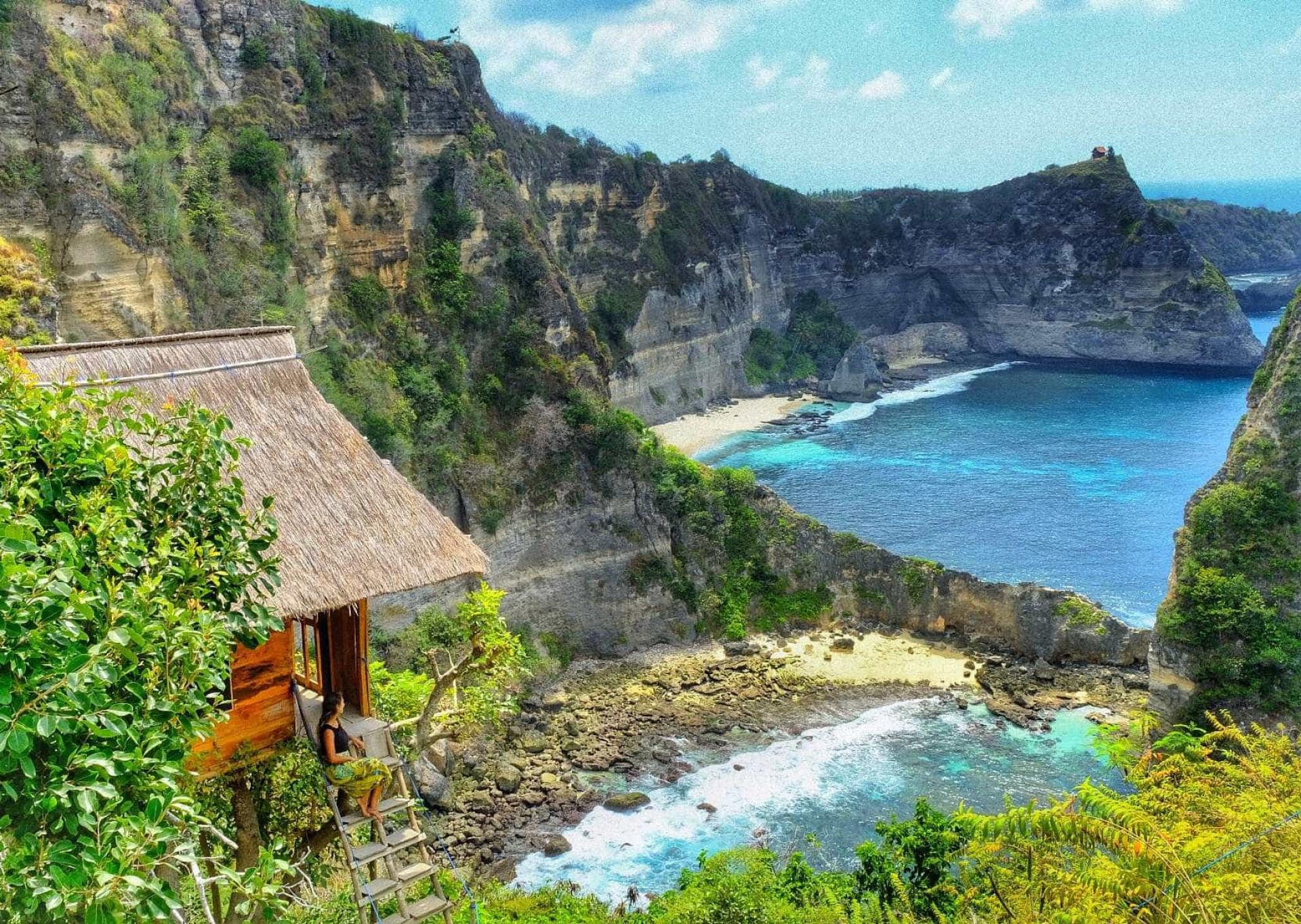 Brasileira ensina roteiro de mochilão barato de 3 semanas na Indonésia