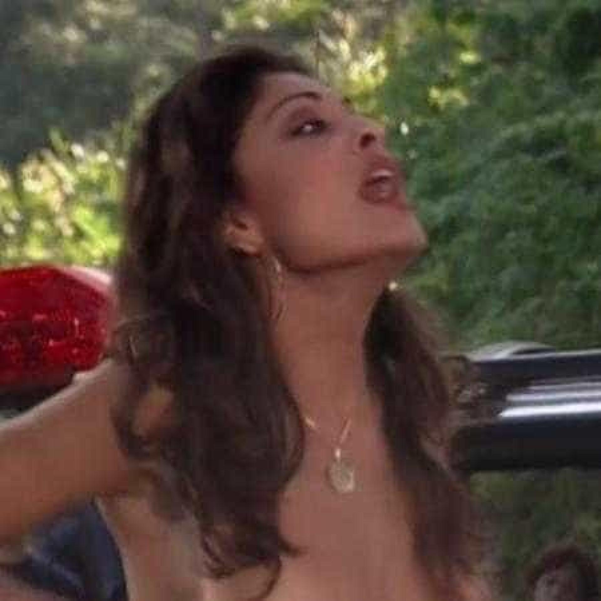 Globo corta topless de Juliana Paes em reprise de 'Celebridade'