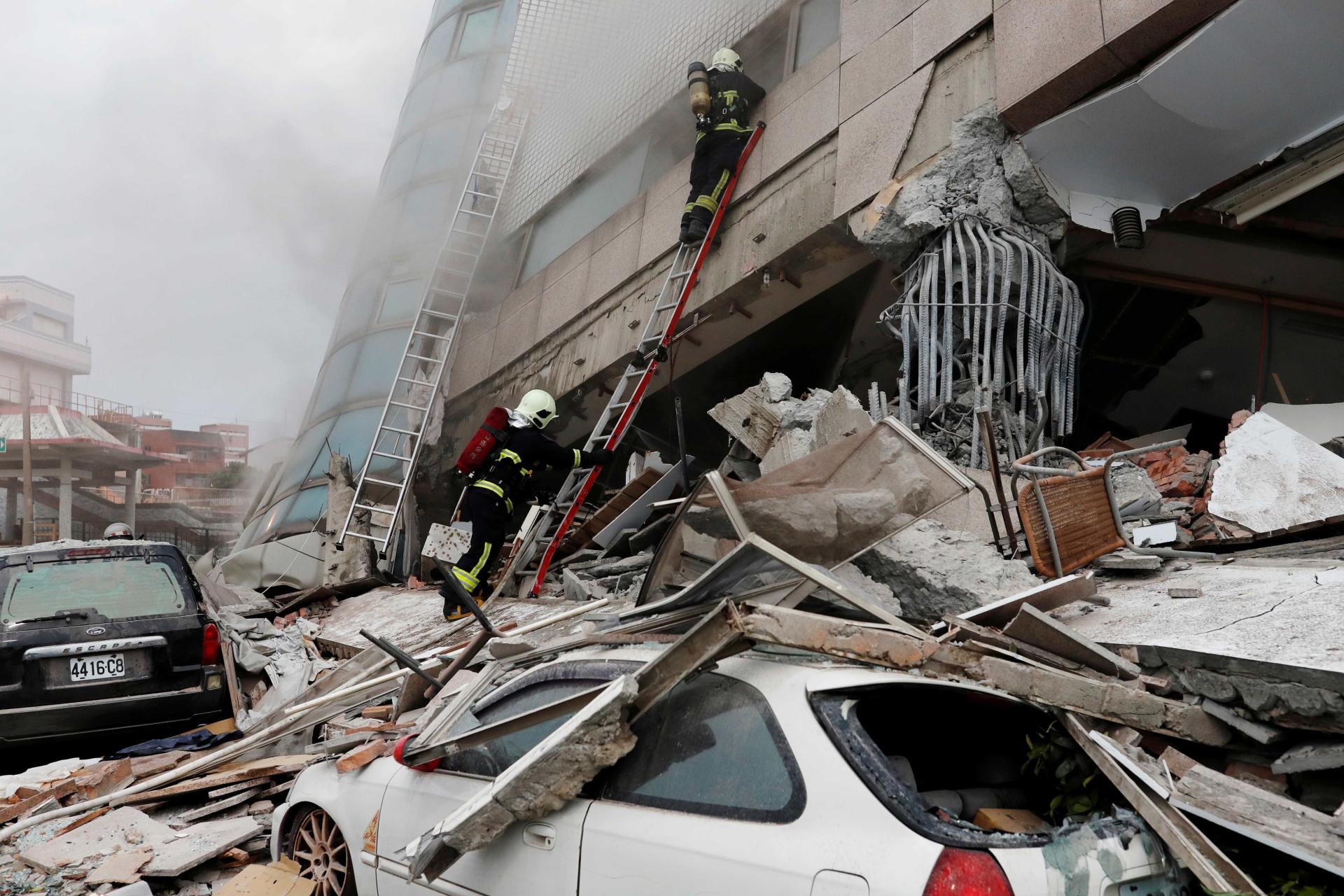 Terremoto em Taiwan já tem 1 morto e mais de 250 feridos; imagens