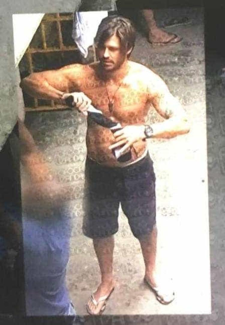 Dado Dolabella é fotografado dentro da prisão em São Paulo