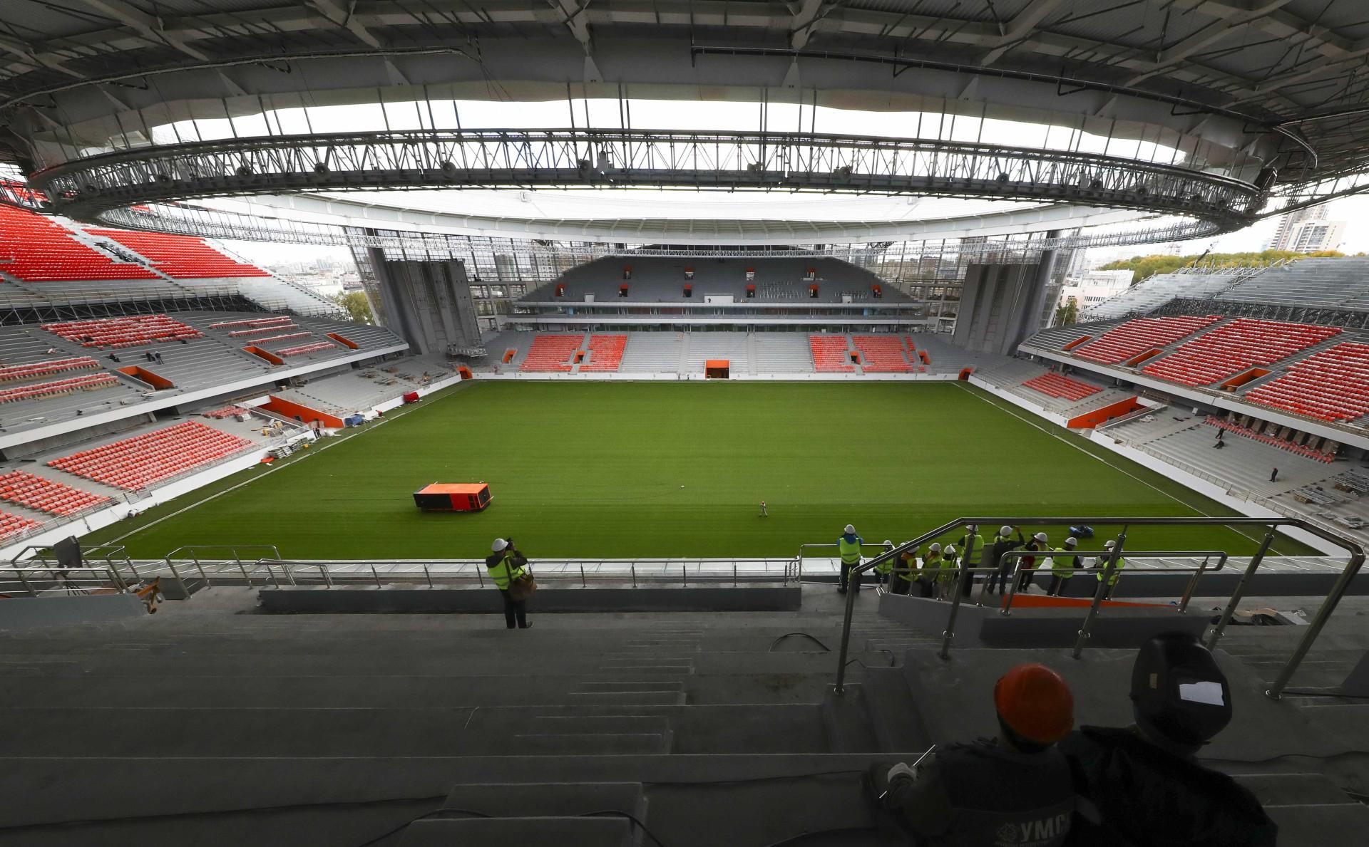 Rússia ainda tem sete estádios em obras a cem dias da Copa; veja fotos