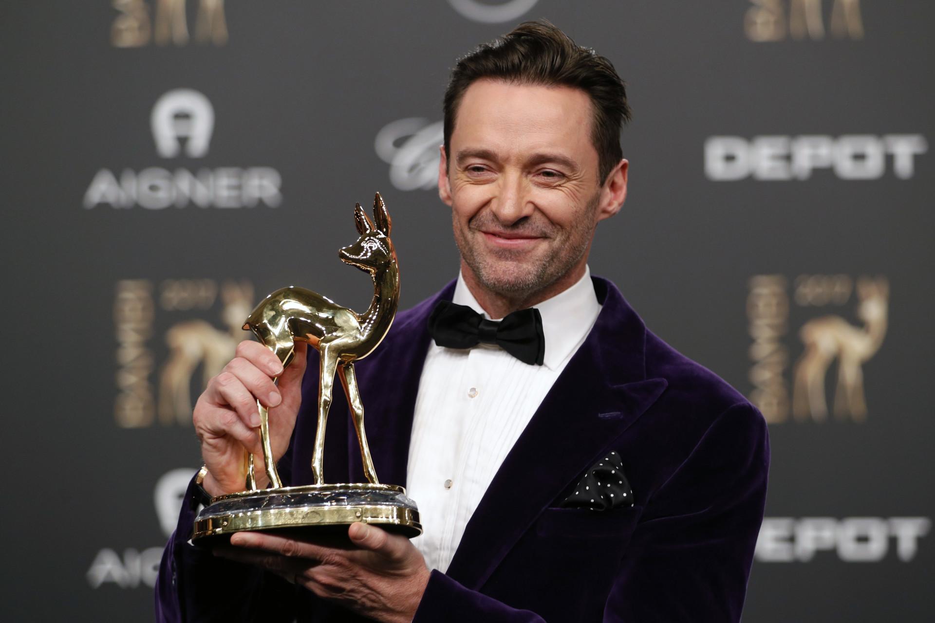 Hugh Jackman faz 50 anos; relembre a vida e carreira do ator