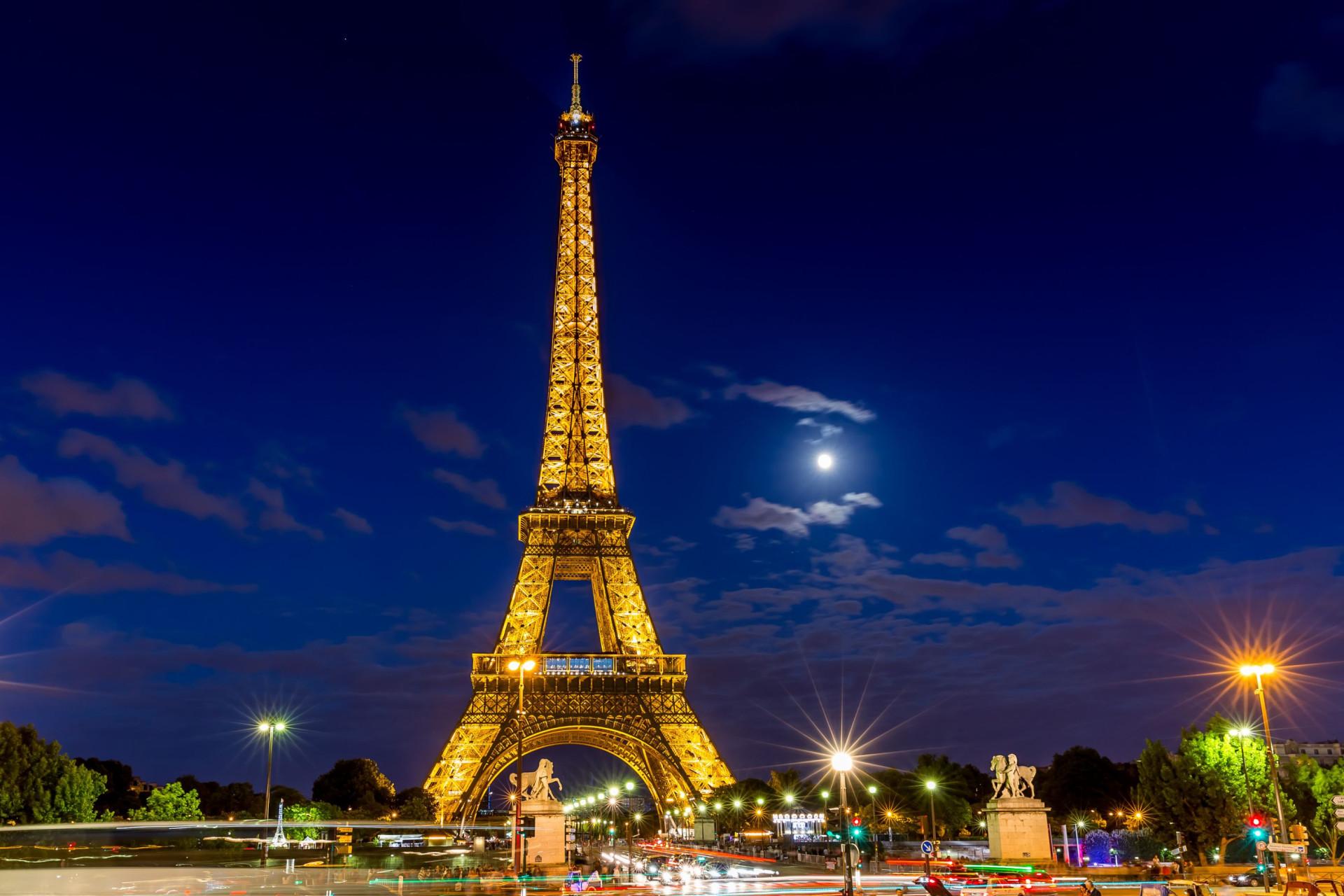 Descubra os destinos mais românticos do mundo