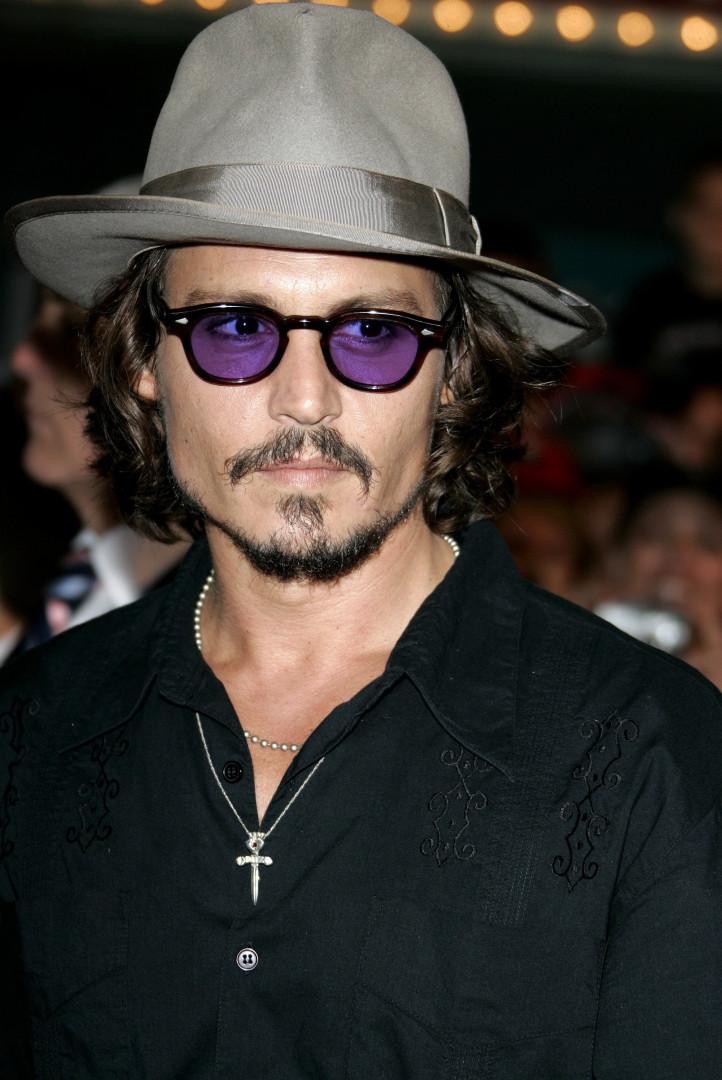 Camaleão: veja as mudanças no visual de Johnny Depp