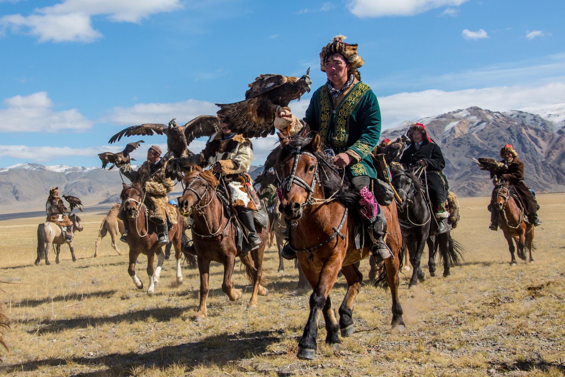Conheça a Mongólia, terra de nômades e de paisagens únicas