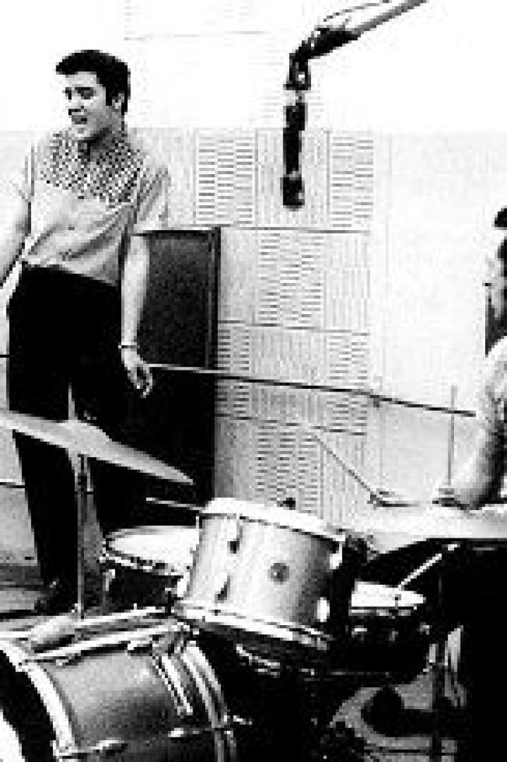 D.J. Fontana, lendário bateria de Elvis Presley, morre aos 87 anos