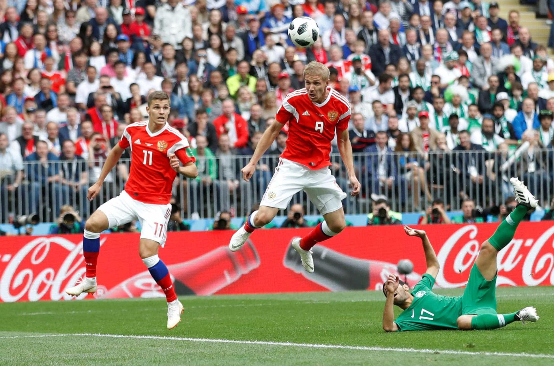 Confira as melhores imagens de 'Rússia 5 x 0 Arábia Saudita'