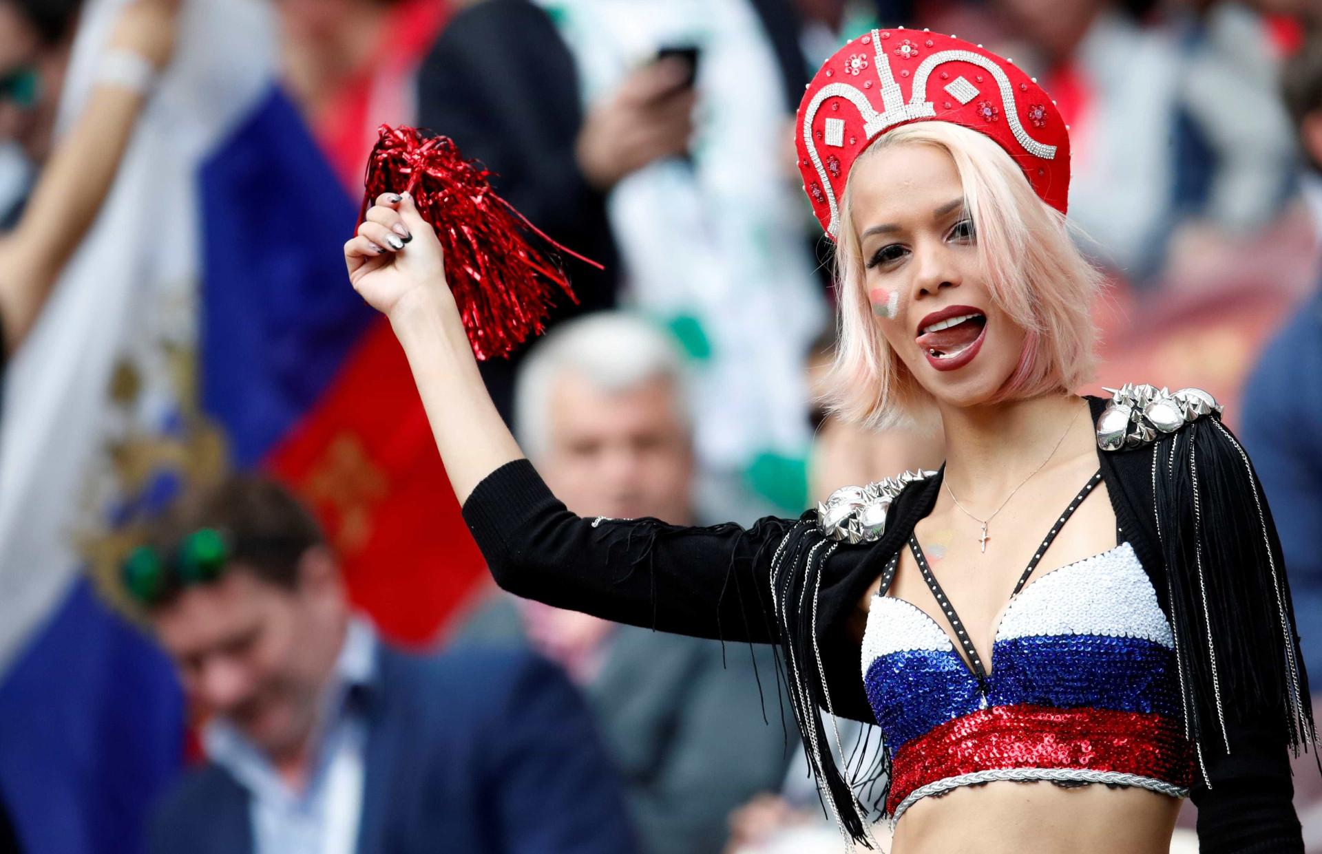 Show nas arquibancadas: os torcedores mais criativos da Copa da Rússia