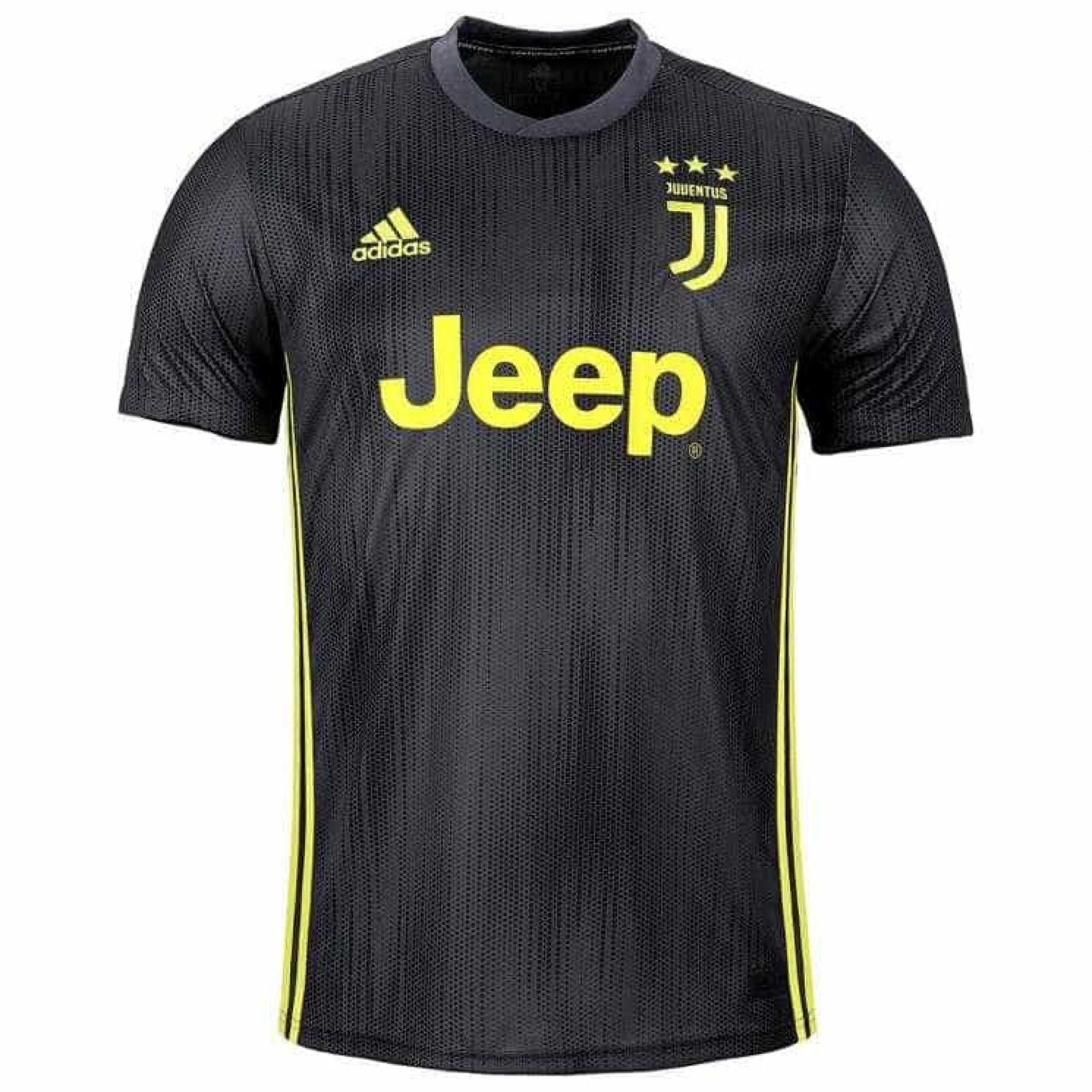 Juventus lança uniforme com plásticos coletados dos oceanos