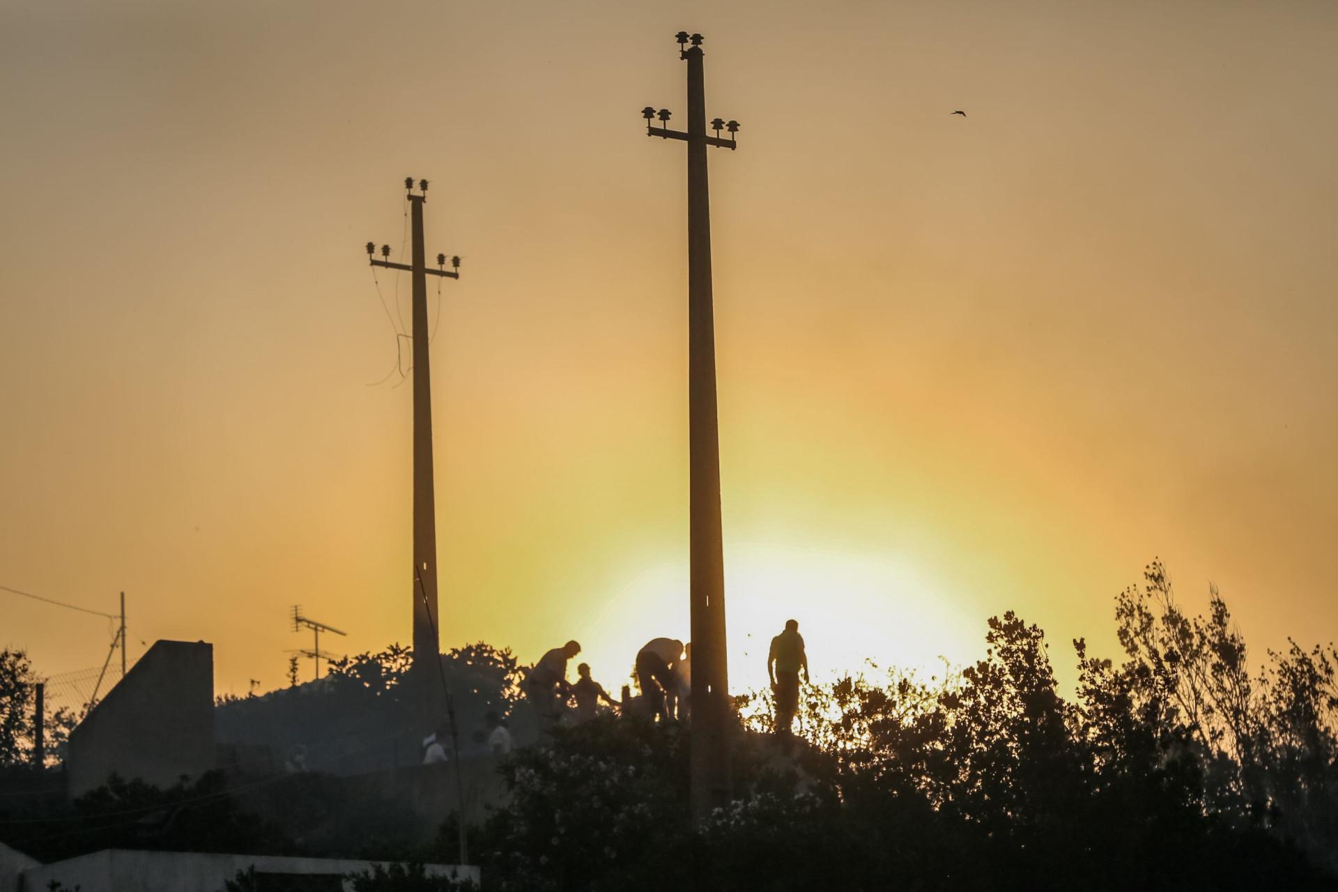 Incêndio em Portugal já dura 7 dias e está fora de controle; imagens