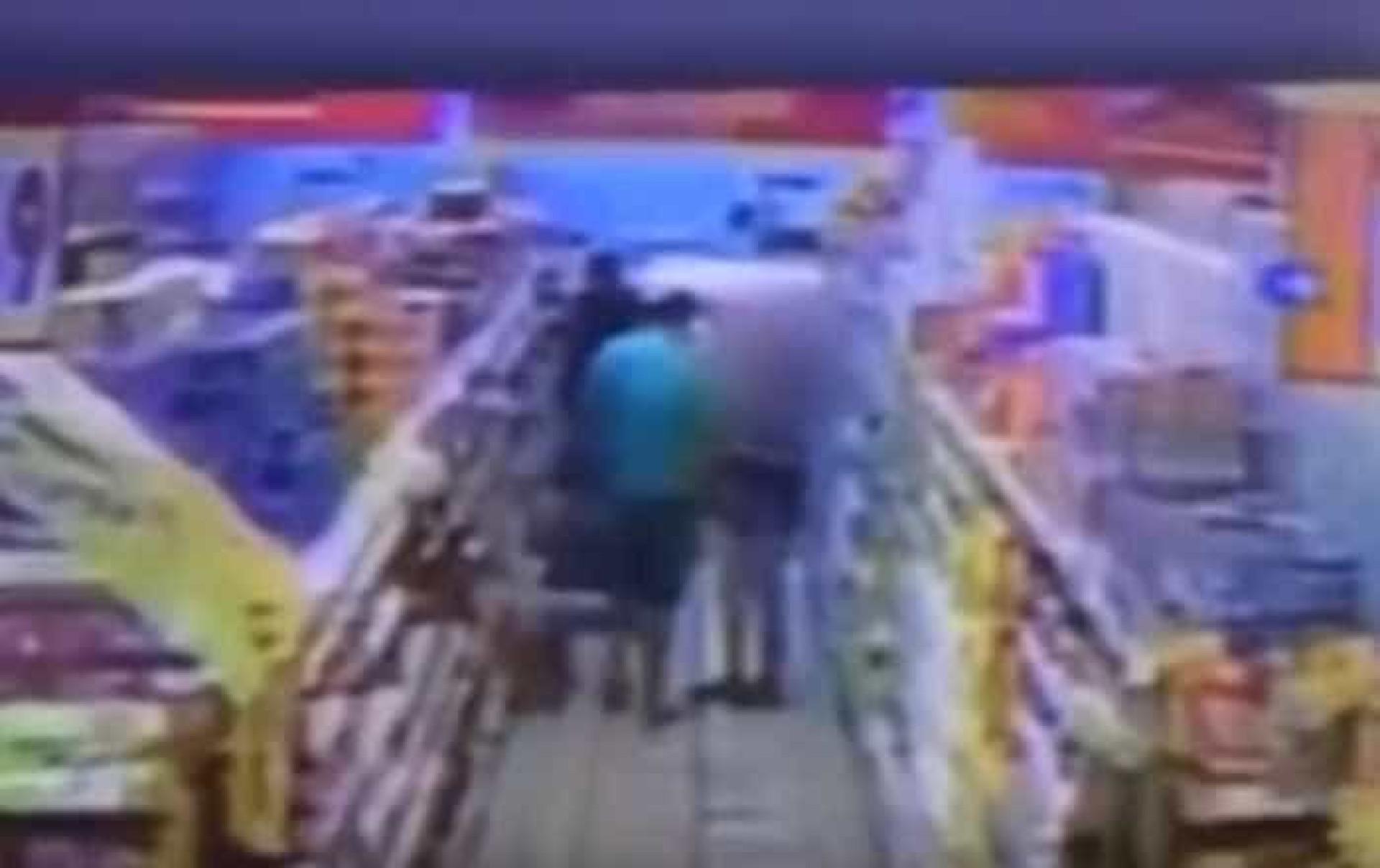 Menina de 11 anos é assediada dentro de mercado em Manaus; vídeo