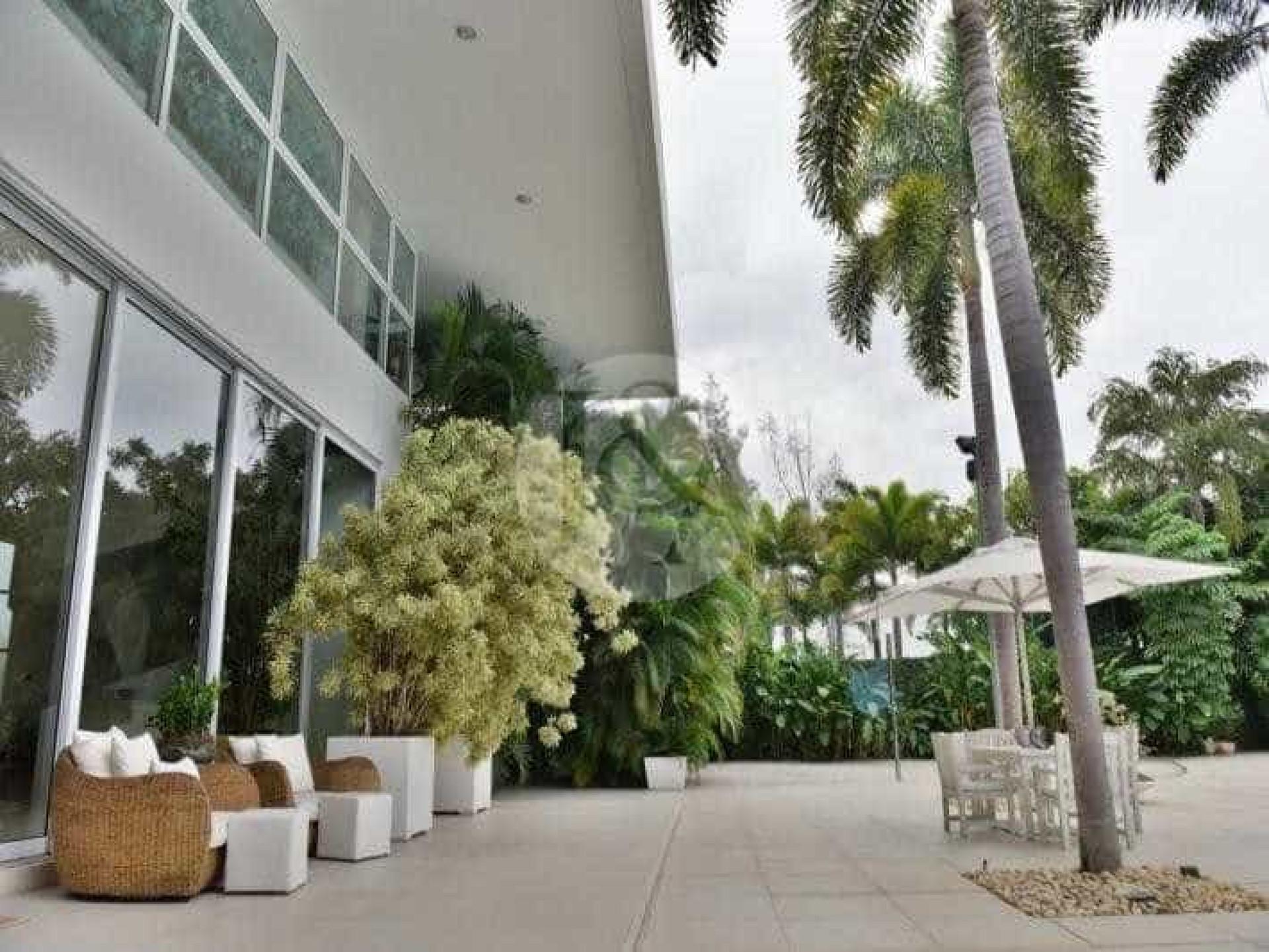 Xuxa coloca mansão no Rio à venda por R$ 18 milhões; veja fotos