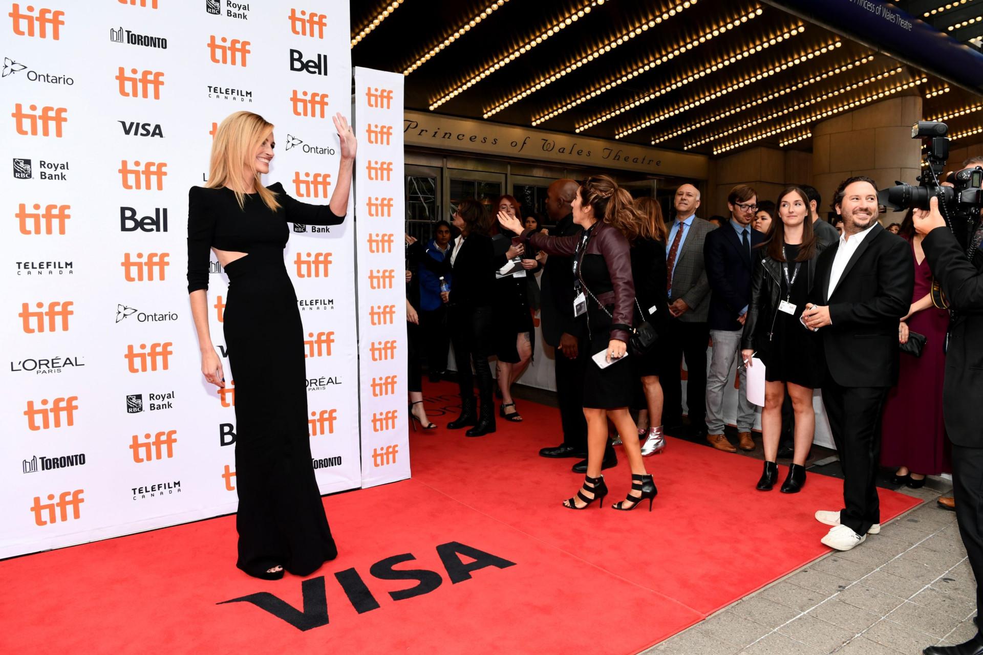 Amigo diz que Julia Roberts pesa 47 quilos. 'Vítima de Hollywood'